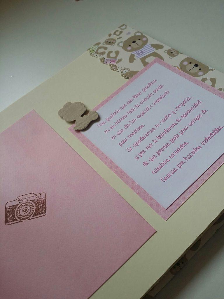 Libro de firmas de scrapbook para el bautizo de Jimena