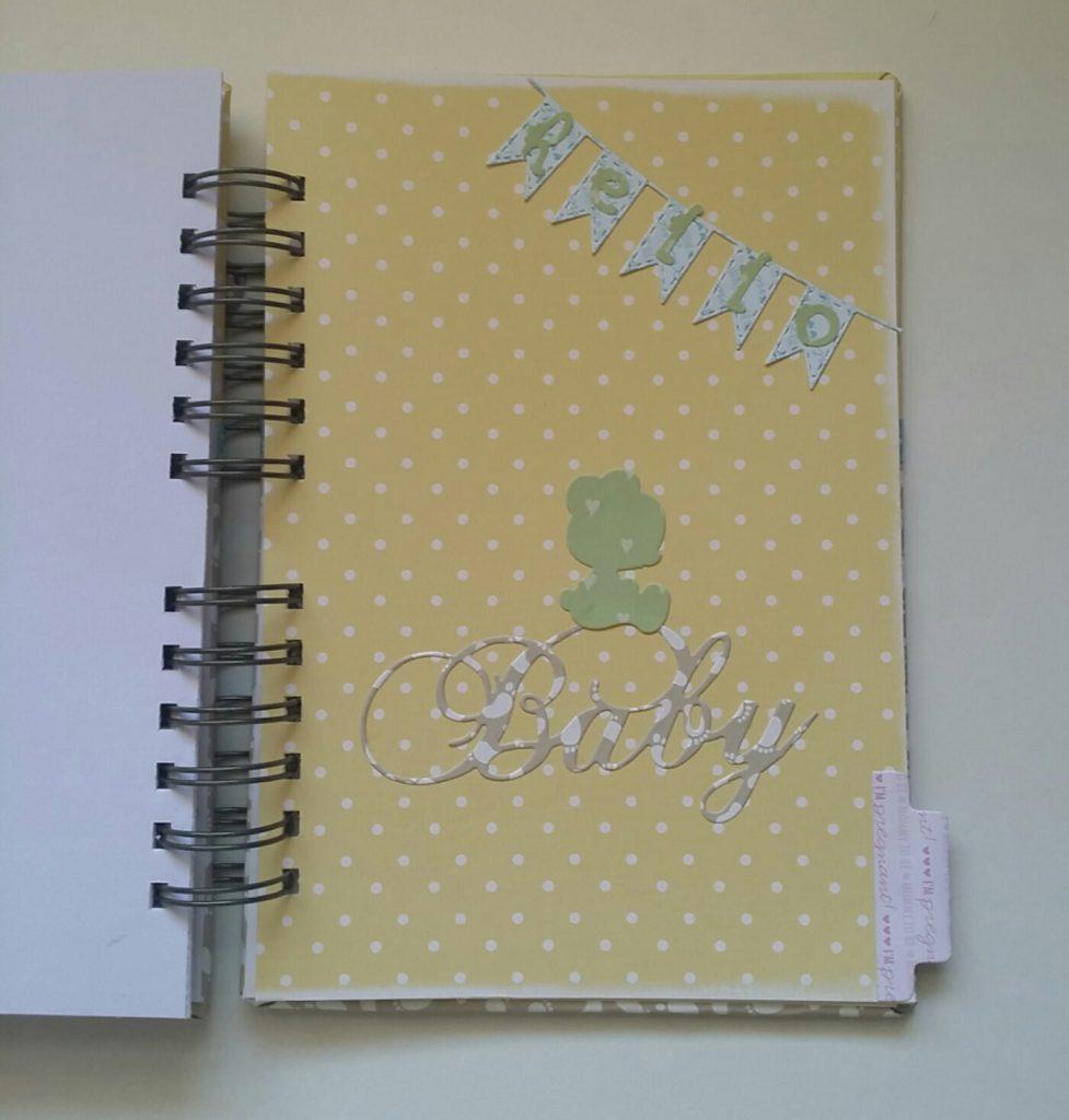 Diario de embarazo de scrapbook para Paula